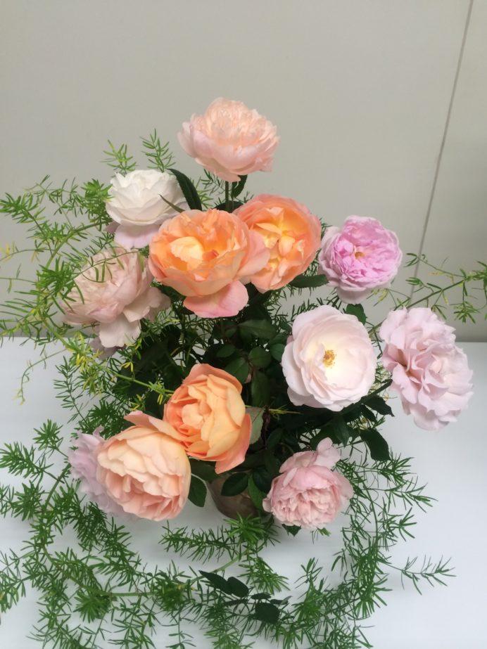 【開運】部屋にお花を飾って幸運を呼び込もう!